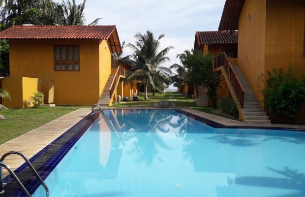 фото отеля Muthumuni Ayurveda Beach Resort изображение №1
