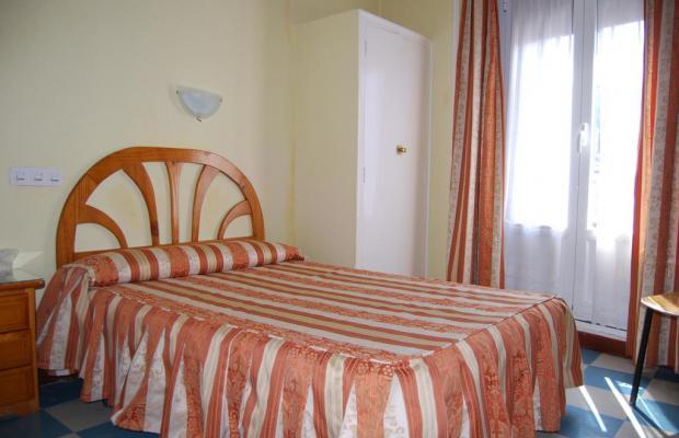 фотографии отеля Hostal la Perla Asturiana изображение №31