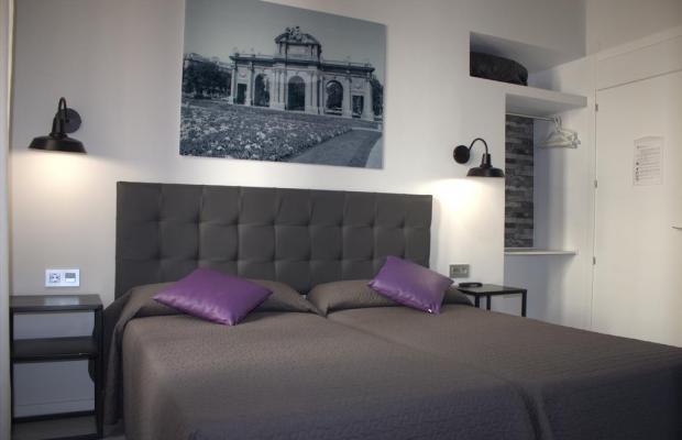 фотографии отеля Hostal Lauria изображение №15