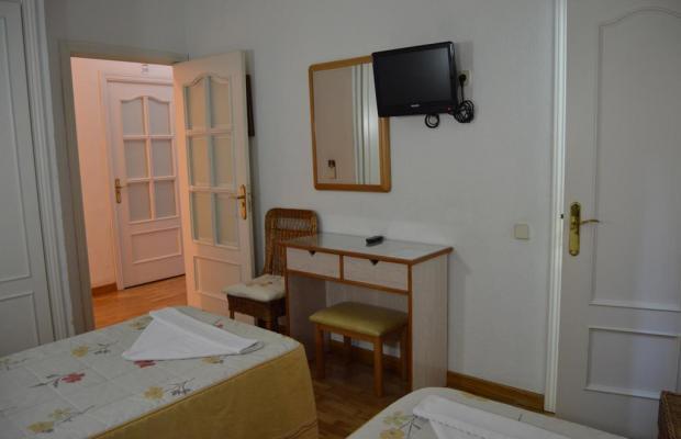 фотографии отеля Hostal Triana изображение №3