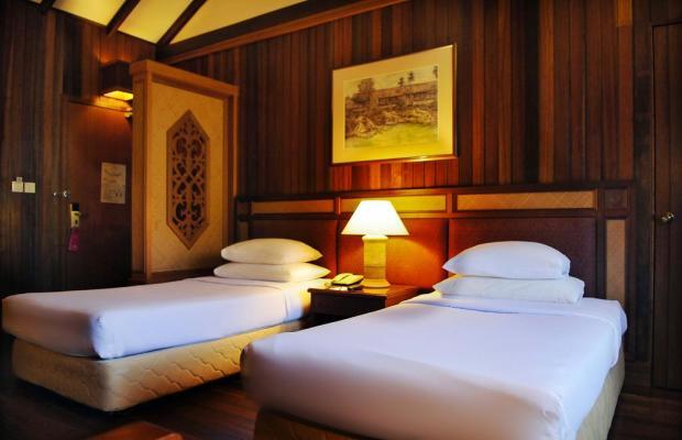 фото Aiman Batang Ai Resort & Retreat (ех. Hilton Batang Ai Longhouse) изображение №18
