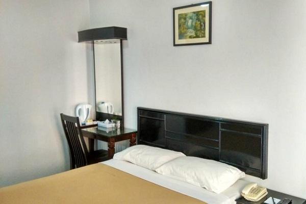 фотографии отеля Batu Burok Beach Resort изображение №19