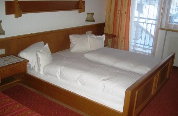 фотографии Hotel Garni Edelweiss изображение №16