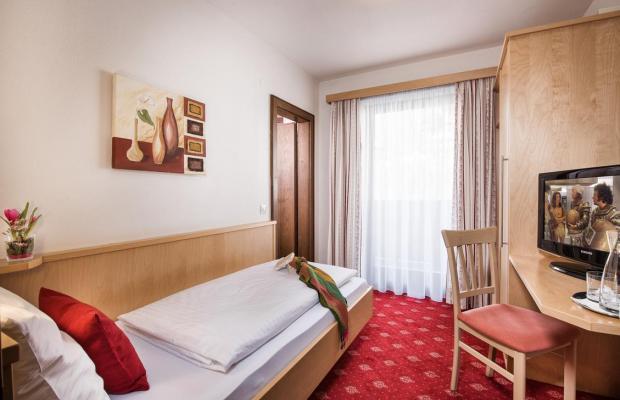 фото отеля Fruehstueckspension Haus am Dorfplatz изображение №17