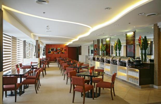 фото St Giles Makati A St Giles Hotel Manila изображение №2