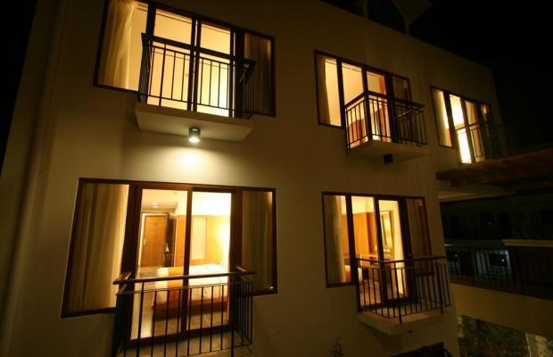 фотографии отеля Crown Regency Beach Resort изображение №7