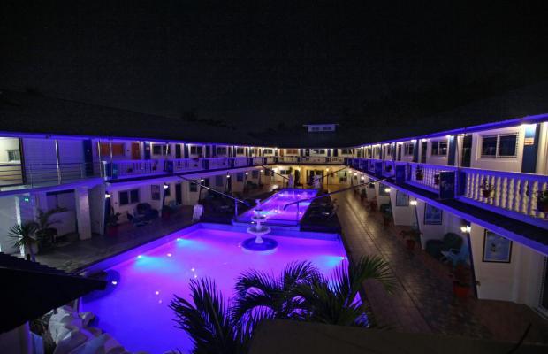 фотографии отеля Bolabog Beach Resort изображение №11