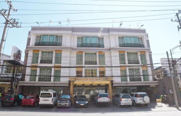 фото отеля Crown Regency Hotel Makati изображение №1