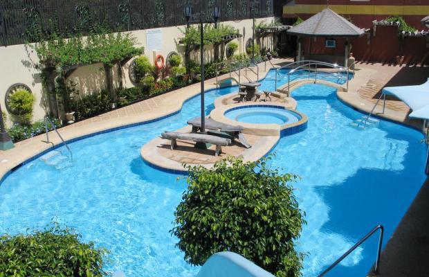 фото отеля Crown Regency Suites and Residences Mactan изображение №1