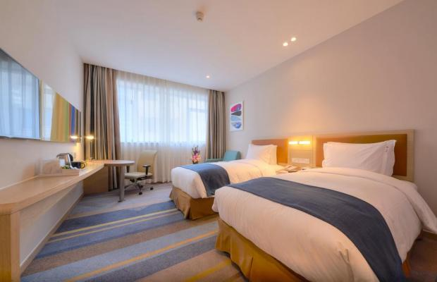 фото отеля Holiday Inn Express Shanghai Zhenping (ex. Shanghai Eastern Airline) изображение №13