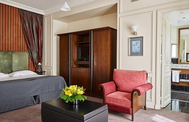 фотографии отеля La Tremoille изображение №43