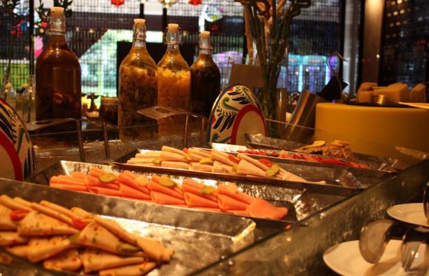 фото отеля Sheraton Shanghai Waigaoqiao Hotel изображение №9