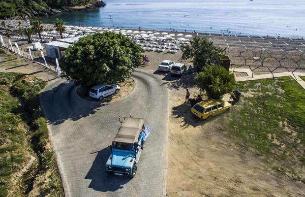 фото отеля Laguna Beach Alya Resort & Spa изображение №25