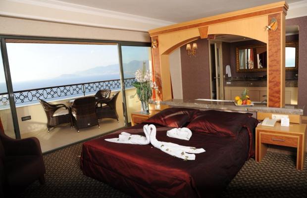 фотографии отеля Utopia World Hotel изображение №11