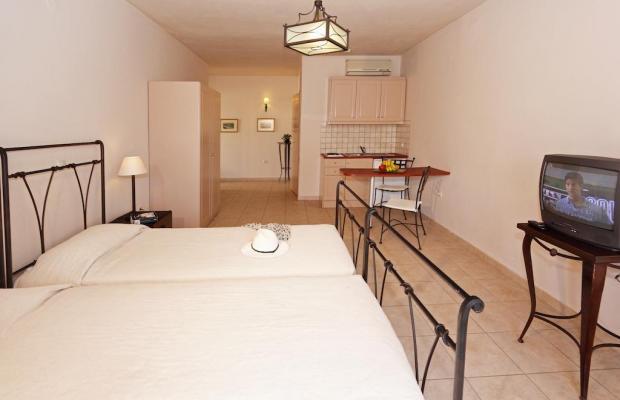 фотографии отеля Lambrinos Suites изображение №7