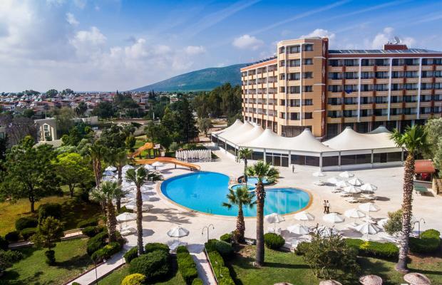фото отеля The Holiday Resort изображение №1