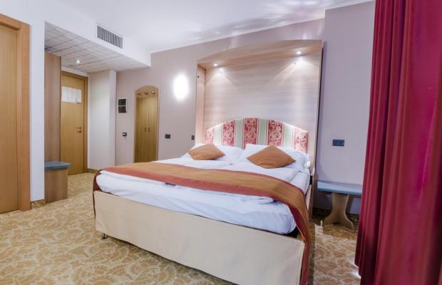 фото отеля Ambassador Suite изображение №17