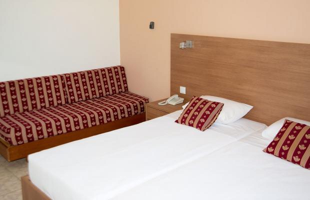 фото Hotel Tina Flora изображение №2
