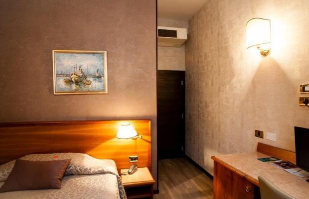 фото отеля Astoria изображение №21