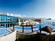 Avala Resort & Villas, 4*