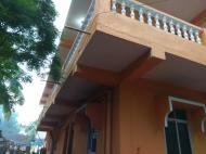 Radhabai, Гостевой дом